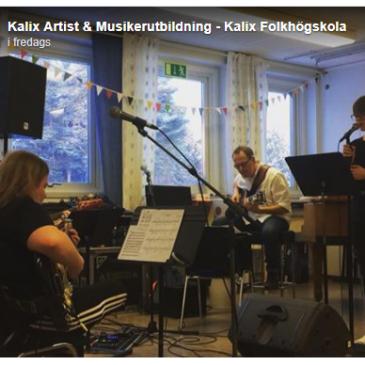 Artist- och musikerutbildningen tränar inför skolans middagsunderhållning